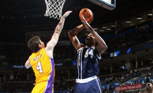 thabeet kelly thunder lakers
