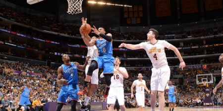 Oklahoma City Thunder v Los Angeles Lakers