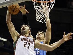 pachulia bucks adams thunder